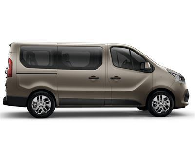 Family  vehicle rental in French Guiana - Renault Trafic 9 places - Europcar Guyane